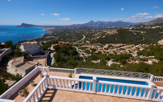 STUNNING VILLA FOR RENT IN ALTEA HILLS