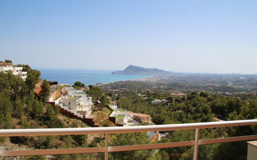 FABULOUS TOWNHOUSE IN SIERRA DE ALTEA