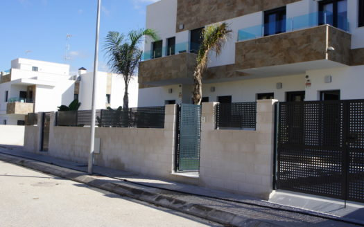 EXCELLENT MODERN SEMIDETACHED VILLA IN POLOP