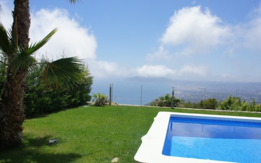 LUXURY  VILLA WITH LOVELY SEA VIEW  IN ALTEA HILLS