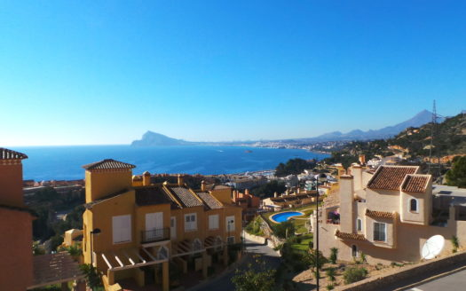 TOWNHOUSE IN ALTEA, MASCARAT